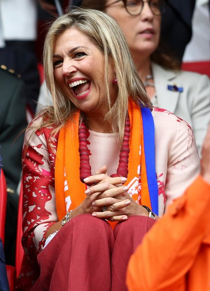 King Willem Alexander and Queen Maxima watched the UEFA WEURO 2017 Group A match. Queen wore Natan dress