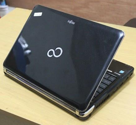 harga laptop gaming fujitsu lh531