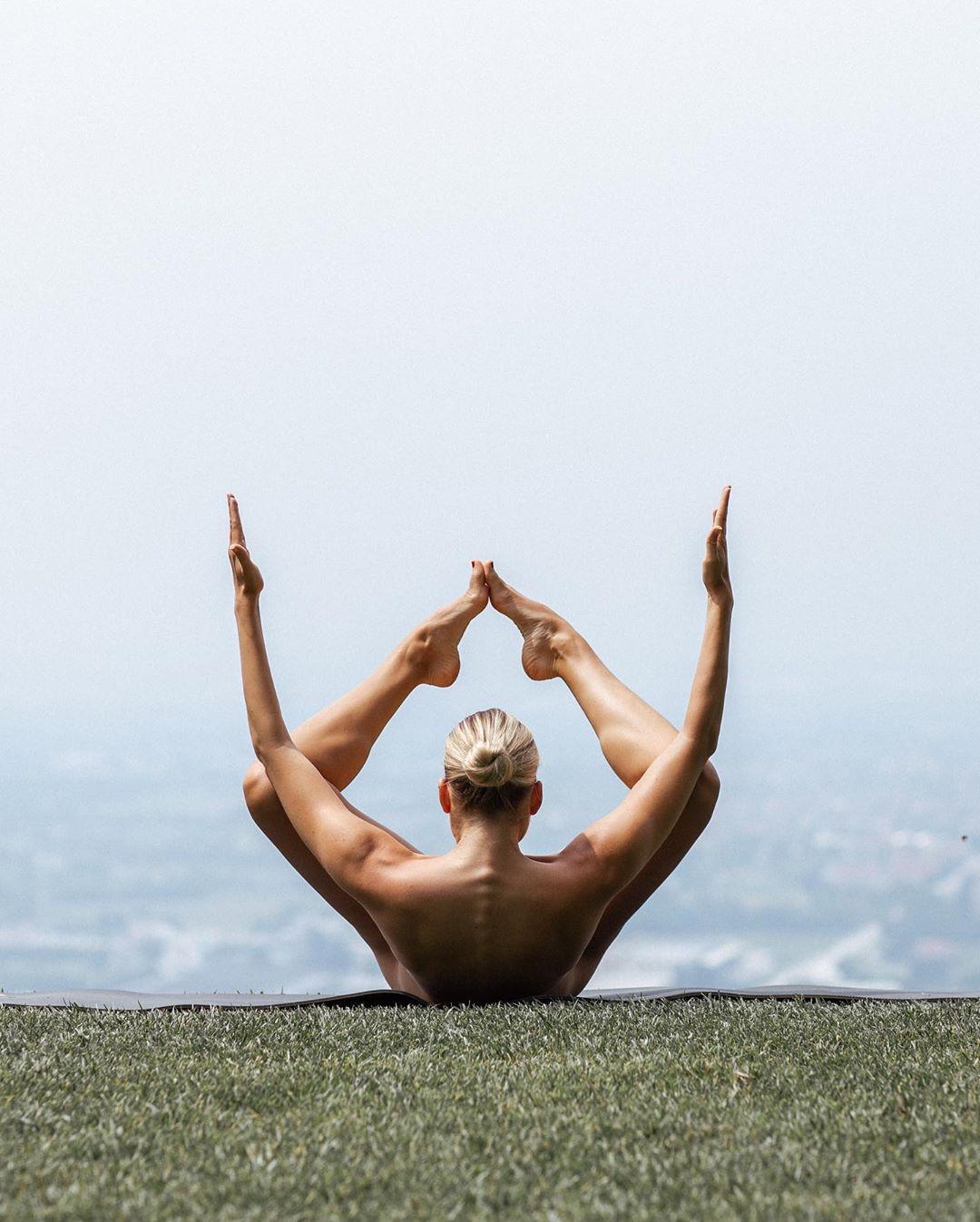 google show me nude yoga pose