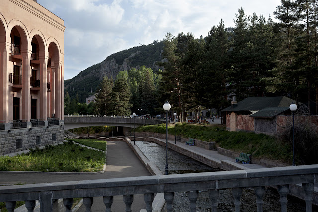 Image Attribute:  The historic spa town of Jermuk / Photo: Klaus Richter