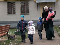Ditahan Selama 6 Tahun, Wanita Ini Sudah Melahirkan 4 Anak