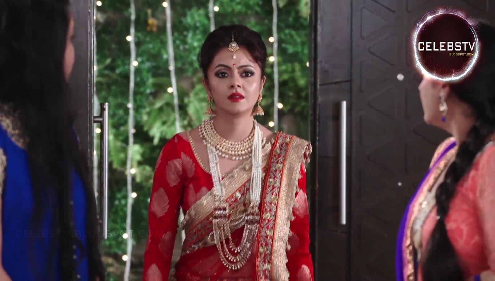 Hot Tv Actress Devoleena Bhattacharjee Sexy Bare Navel -5832