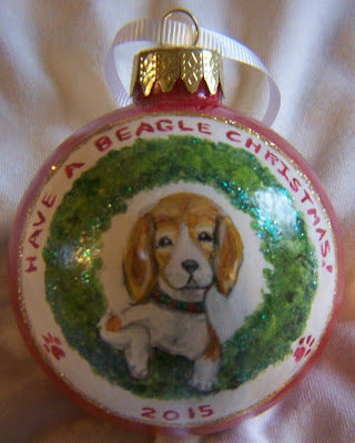 beagle wreath ornament