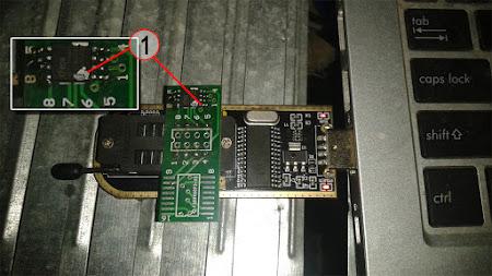 Cara Pasang Chip IC SPI Receiver Untuk Flashing di USB Programmer CH341A Series