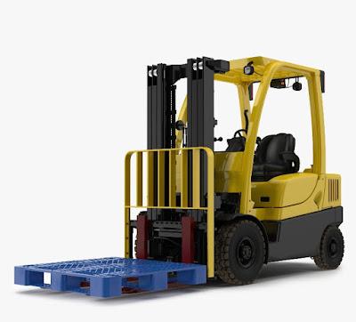 Fungsi Forklift dan Pallet Plastik Dalam Memindahkan Barang Gudang