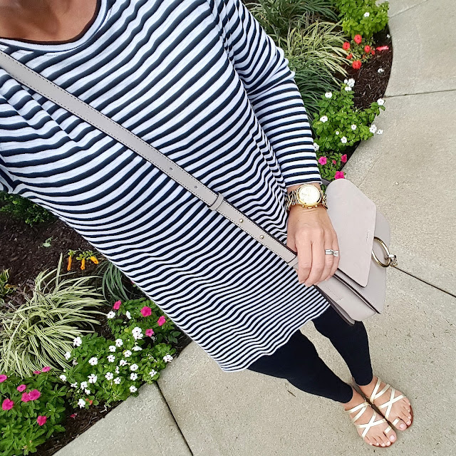 How to wear a tunic with leggings, fall outfit inspiration, what to wear for fall