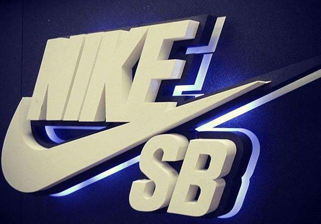 download logo keren dream league soccer, gambar logo keren png