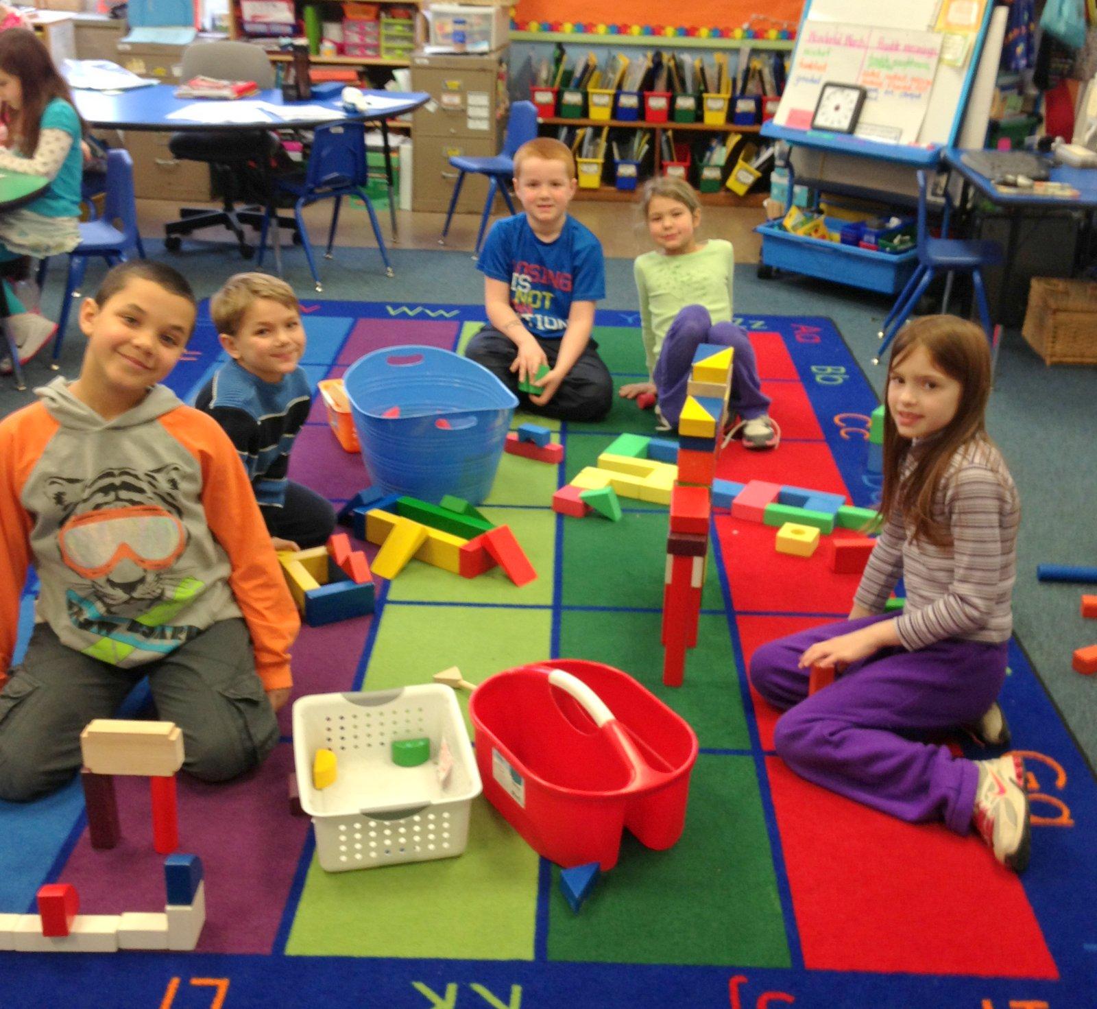 Mrs Sorenson S First Grade Exploring 3 D Shapes