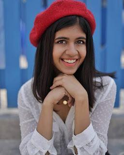 Female Indian Youtuber 2019 Sejal Kumar