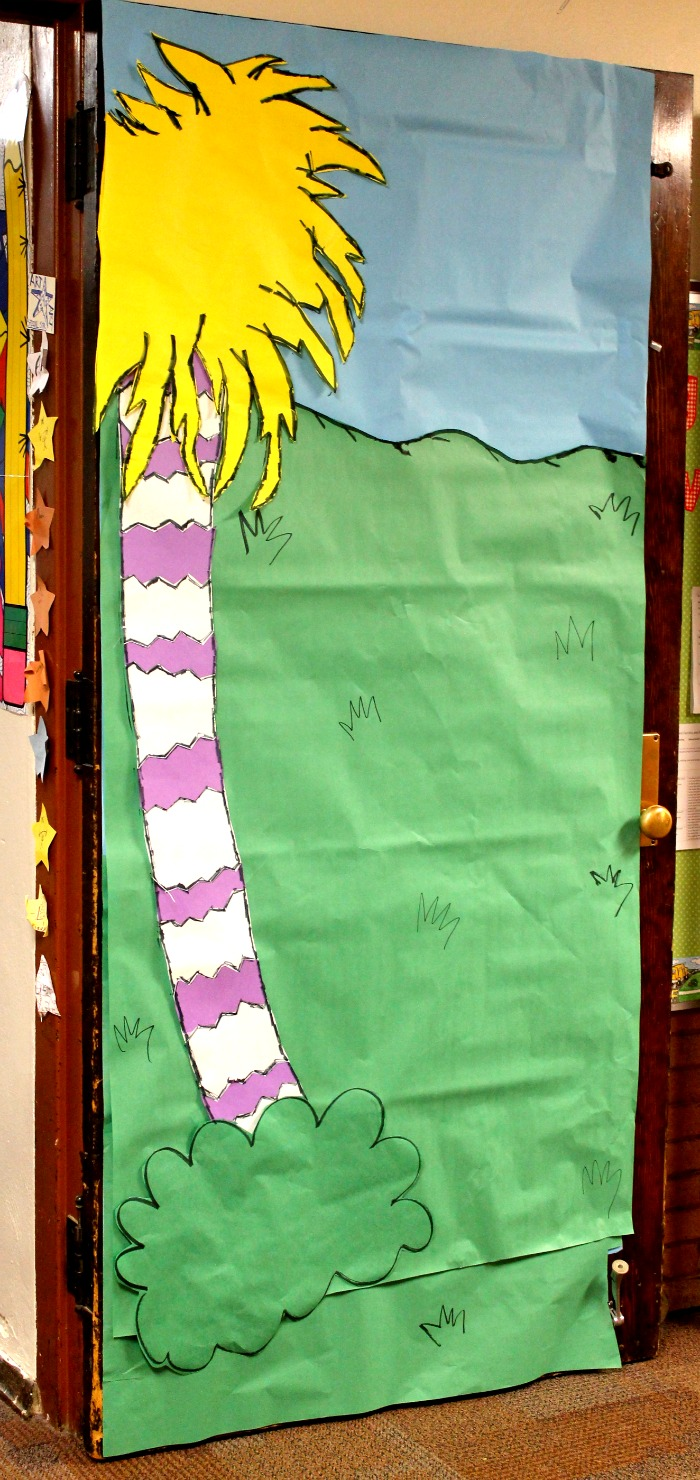 Miss Lovie: Decorate Your Door for Dr. Seuss-Sneak Peek