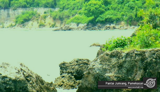 Pantai Jumiang, Pamekasan | Umar Fadil