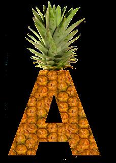 Abecedario hecho con Piel de Piña. Pineapple Alphabet.