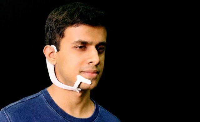 Pesquisadores do MIT criam headset 'AlterEgo' que interpreta os pensamentos do usuário