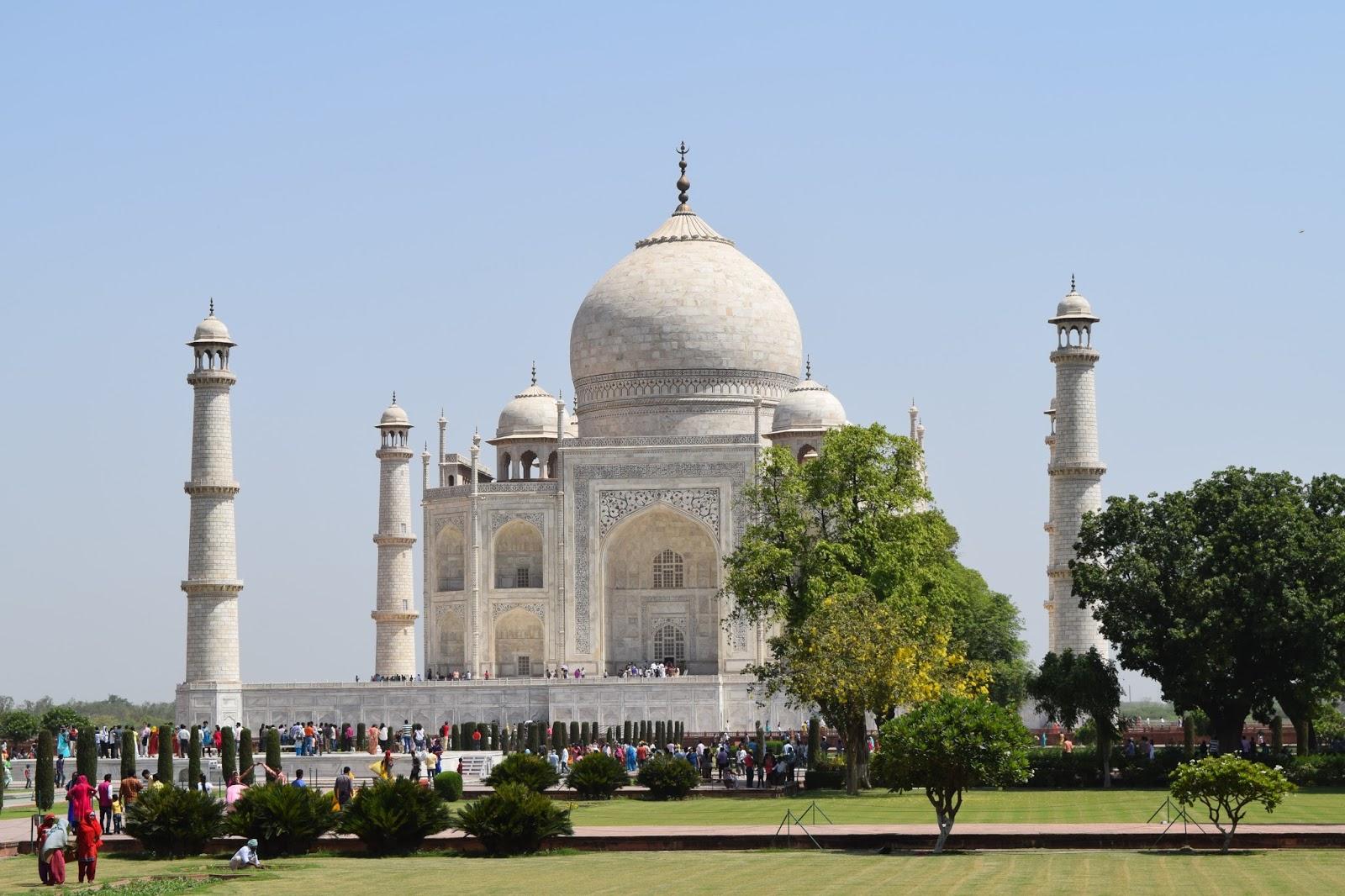 Tips For visiting Taj Mahal | Taj Mahal Pictures - Tips; how long do you need at the taj mahal and How long do you need at the taj mahal
