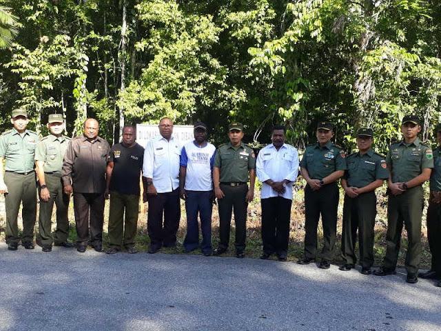 Tim Mabesad Tinjau Lokasi Pembangunan Makodim Sorong Selatan