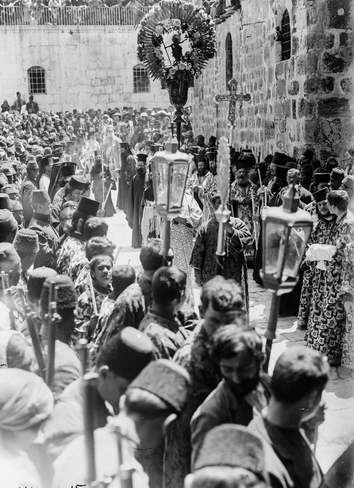 A Greek Orthodox procession. 1915.