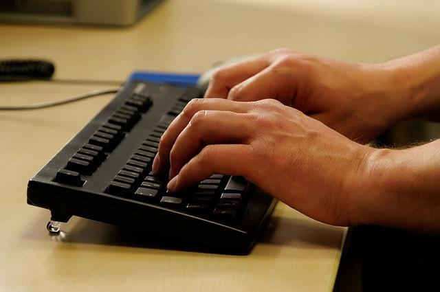 cara memilih keyboard komputer yang bagus