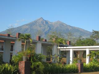 Pemandangan gunung merbabu