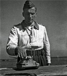 Hans-Ulrich Rudel Stuka worldwartwo.filminspector.com