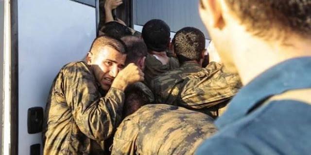 """Η φωτό απάντηση στους Τουρκαλάδες για τα περί """"ελληνικής δειλίας"""" και το """"ριμέϊκ"""" των Ιμίων"""