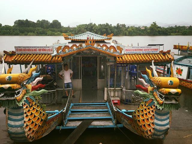 Hue river tour