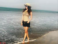 Eshanya Maheshwari Latest Selfies in Bikini ~  Exclusive Galleries 003.jpg