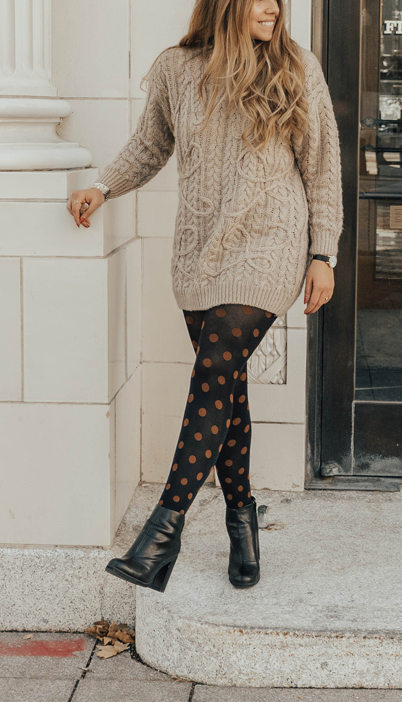 polka dot tights for fall, polka dot clothing, colrful tights