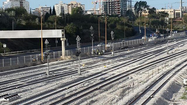 Jó hír: kedd helyett már vasárnap helyreállt a teljes vasúti közlekedés – A kitűzött idő előtt elvégezték a felújítási munkákat