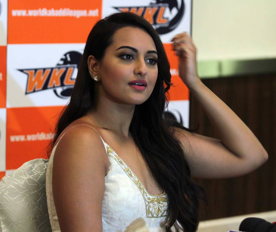 sonakshi sinha 2016 latest event gallery gethu cinema