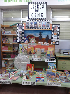 http://labibliotecaceipmiguelhernandezvall.blogspot.com.es/2016/03/exposicion-libros-de-cine.html