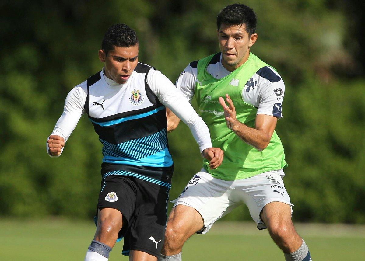 Chivas cae ante Monterrey en duelo de preparación.