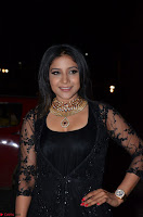 Sakshi Agarwal looks stunning in all black gown at 64th Jio Filmfare Awards South ~  Exclusive 103.JPG