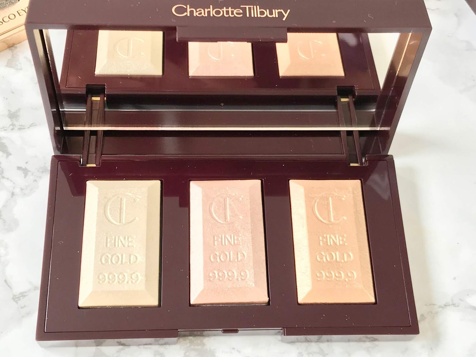 Charlotte Tilbury Bar of Gold Palette Review & Swatches