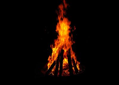 Buat Api