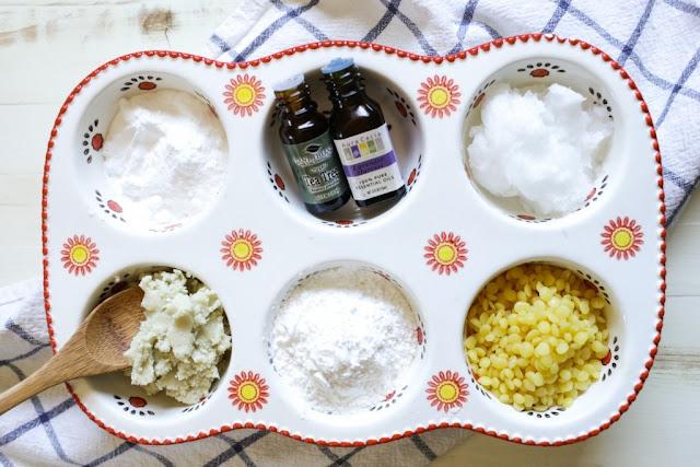 DIY: Cách làm kem khử mùi hôi nách hương lavender
