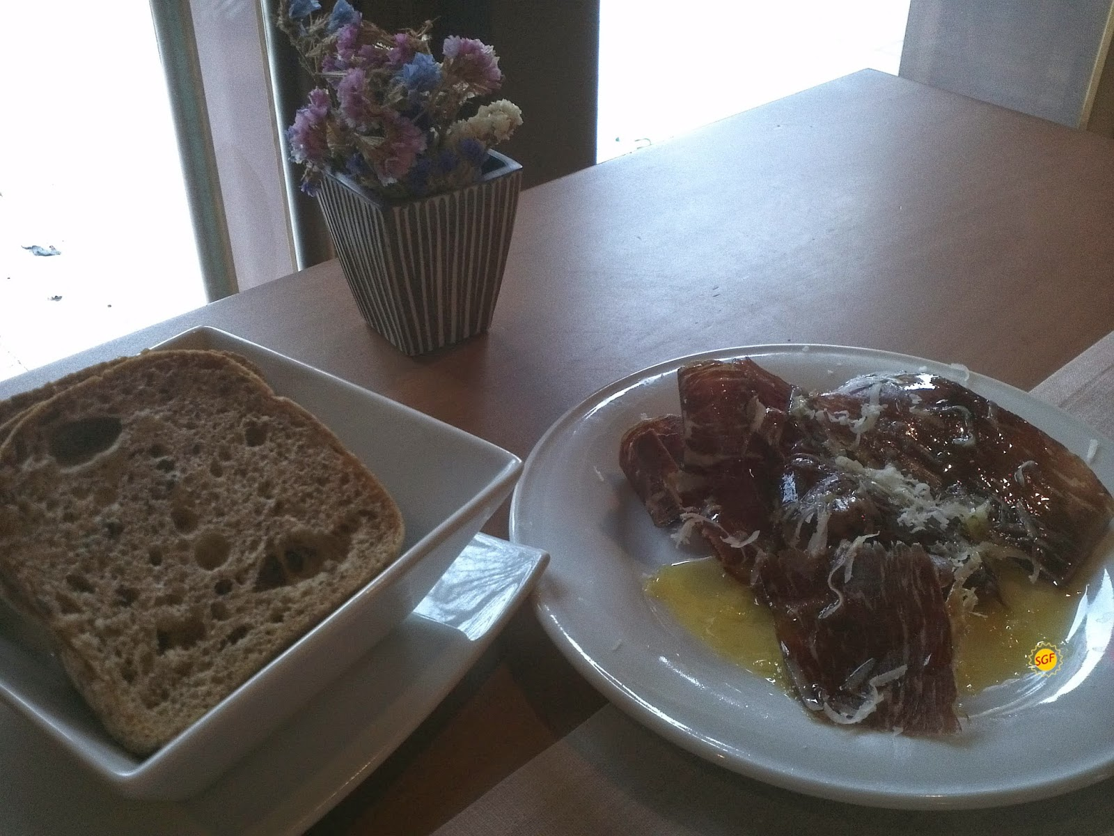 Starter and gluten-free bread