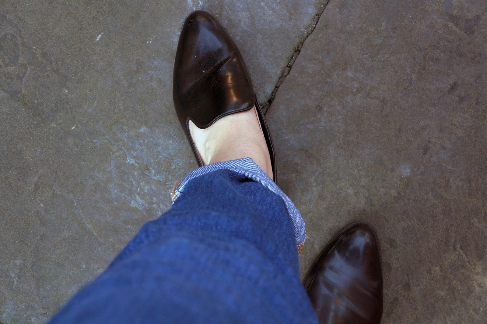 Shoes; pointed flat loafers