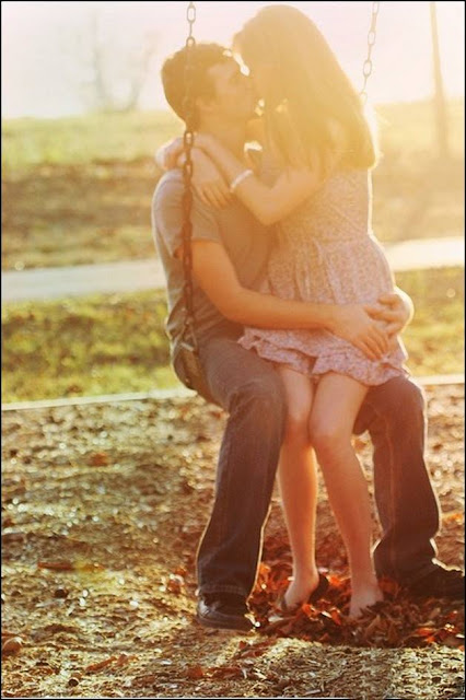 Most romantic love poems for her in hindi