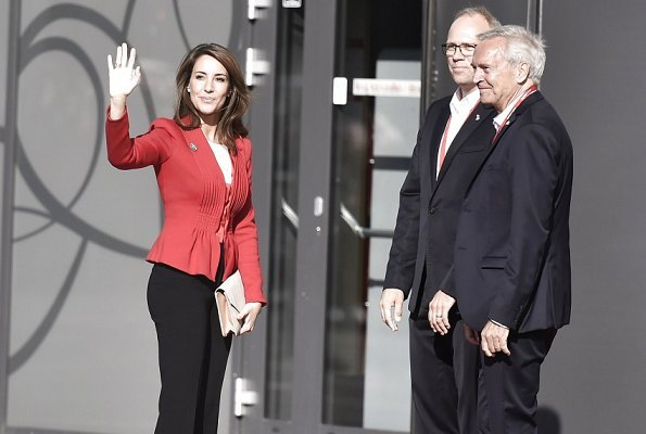 Princess Marie wore Giorgio Armani red  jacket and she carried By Malene Birger clutch bag at Former President Barack Obama's event at SDU