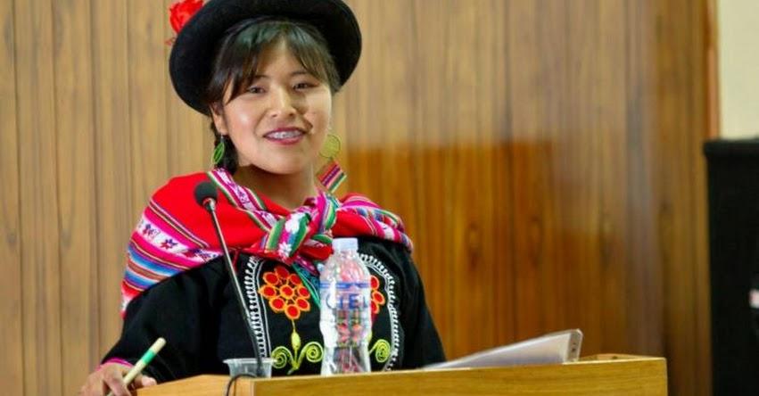 BLANCA QUISPE CANAZA: Conoce a la estudiante puneña que sustentó su tesis en lengua aimara