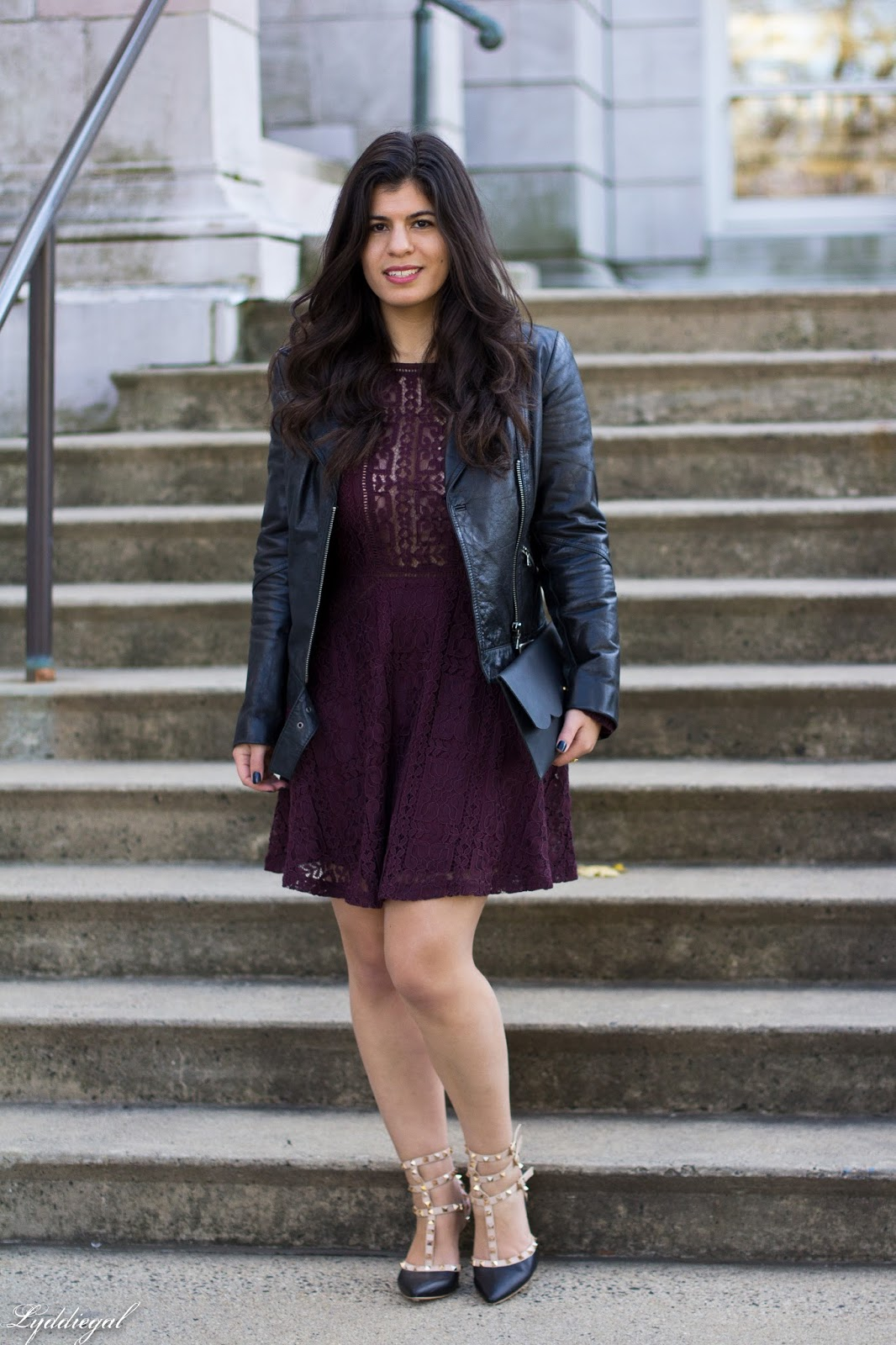 inexpensive holiday outfits