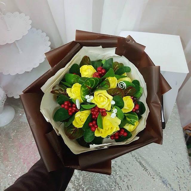 Hoa hong sap thom vinh cuu tai Hang Bong