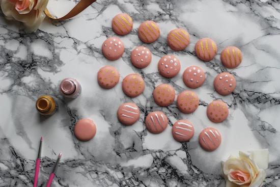 Wedding favour macarons DIY