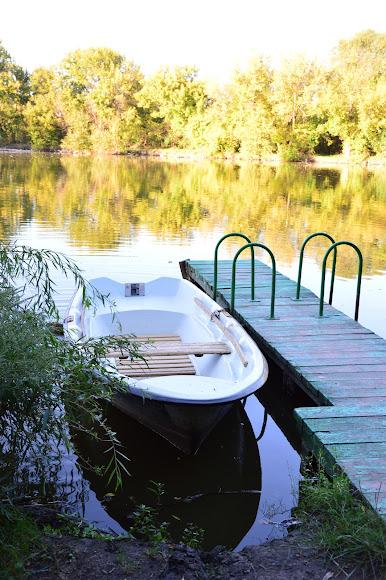 Комишуваха. Візіт-центр регіонального ландшафтного парку «Краматорський». Лебедине озеро