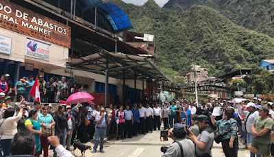 Huelga Machu Picchu, Machu Picchu Pueblo tensión