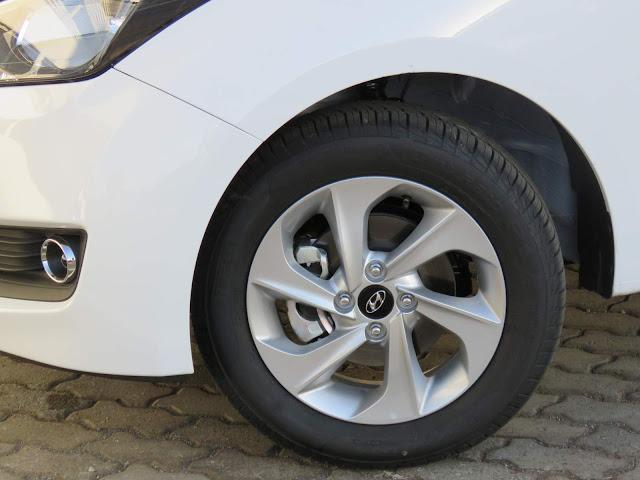 Hyundai HB20 Turbo Comfort Style - rodas de alumínio