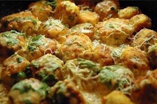 http://vkusnyachki.blogspot.com/ Куриные шарики в сливочном соусе