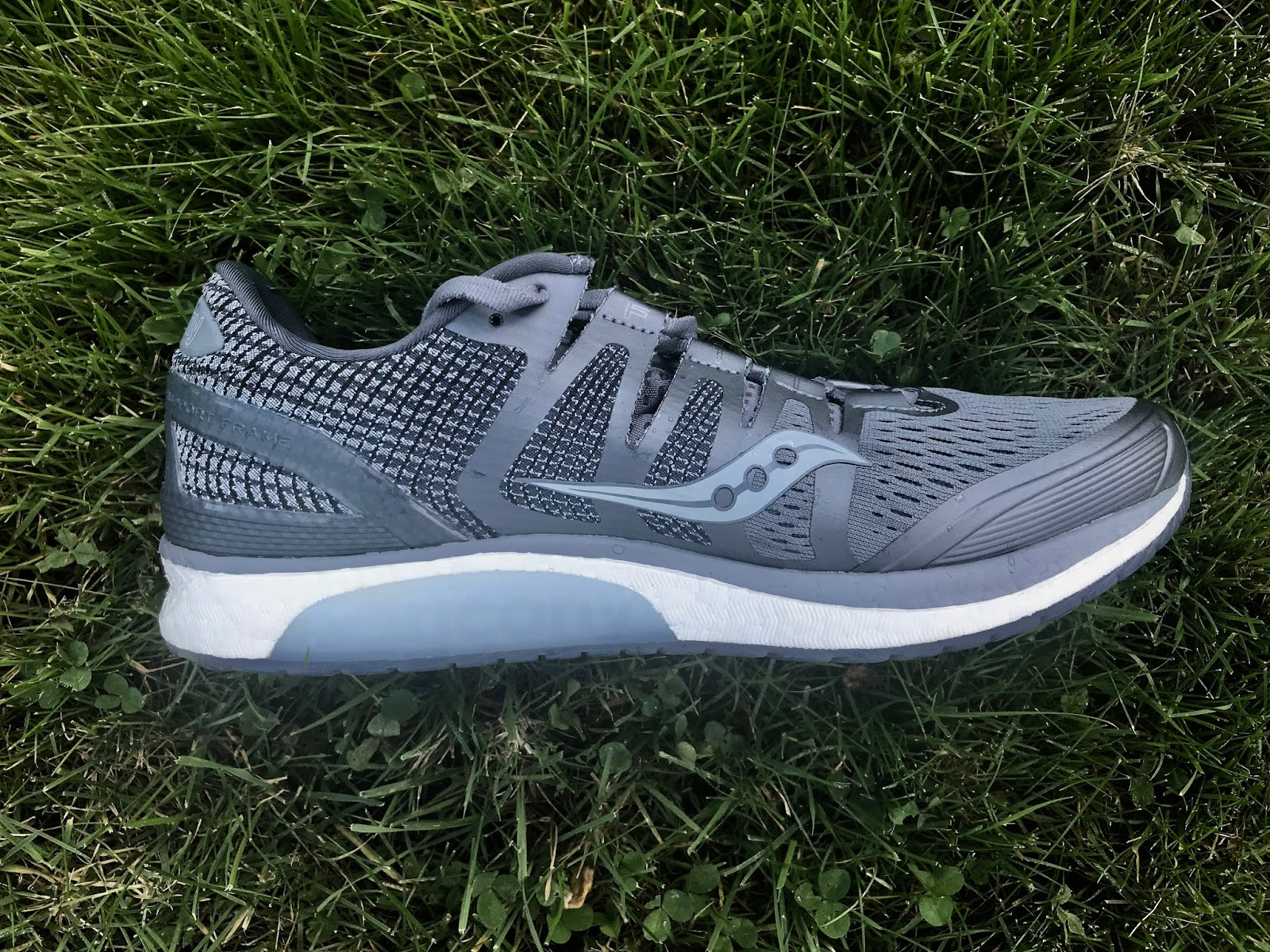 Road Trail Run: Saucony Liberty ISO Review: Bouncy, Soft Fun