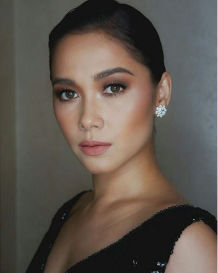 Maja Salvador, Naiirita Kay Pia Wurtzbach Sa Naganap Na Star Magic Ball 2017?