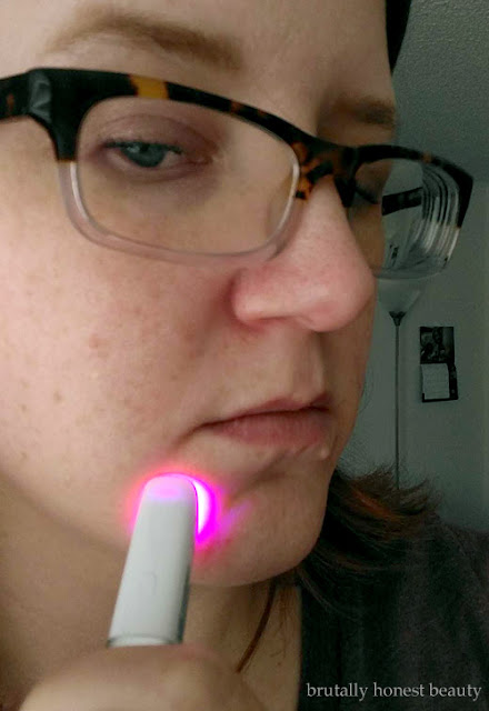 Review of Neutrogena Light Therapy Acne Spot Treatment Pen